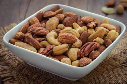 benefici di mangiare la perdita di peso alla frutta secca