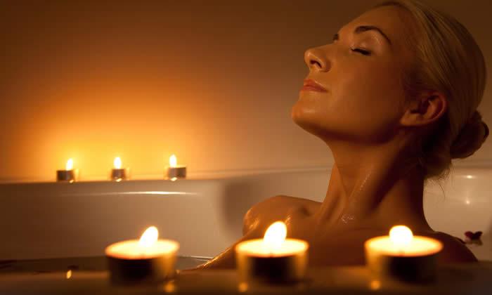 Bagno Rilassante Con Oli Essenziali : Introduzione all aromaterapia oli essenziali aromaterapia e