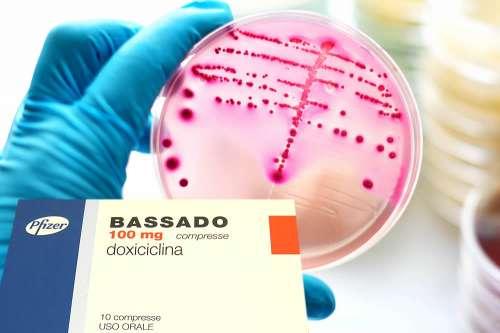 Doxiciclina mono effetti collaterali disfunzione erettile